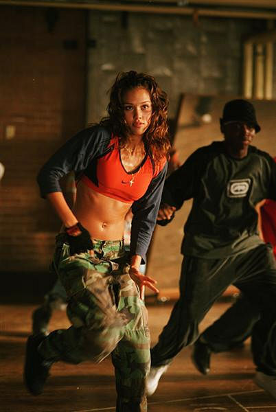 Apprarently, no one told Jessica Alba's hip hop choreographer character